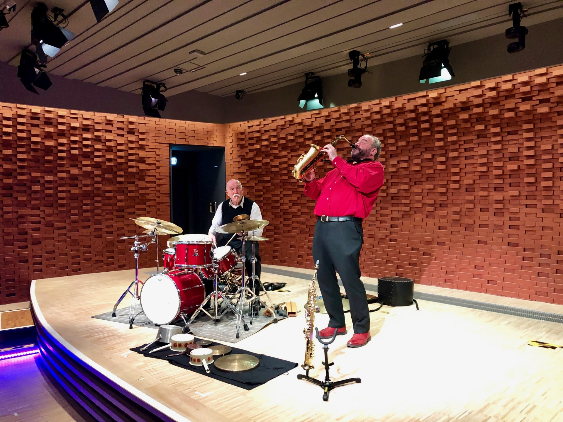 Günter 'Baby' Sommer & Raymond MacDonald with support from Sonic Bothy Ensemble
