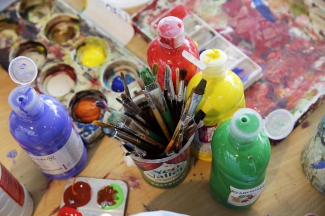 Paint_pots_-_Taking_Part.JPG