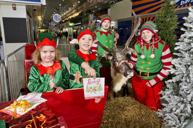 Rudolf and Winterfest Launch in Easterhouse