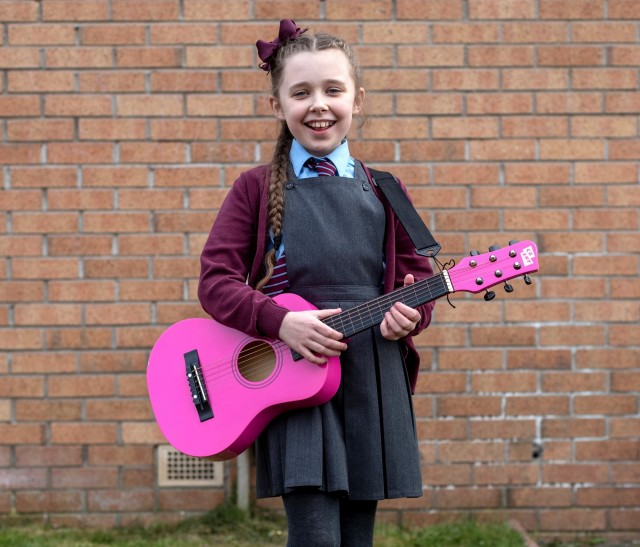 Music Classes: Online Guitar Lessons