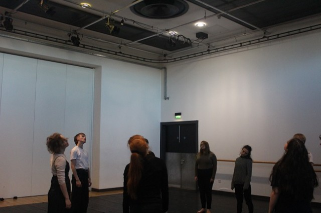 Platform_Rehearsal_Webpics_30.11_(1)_.jpg