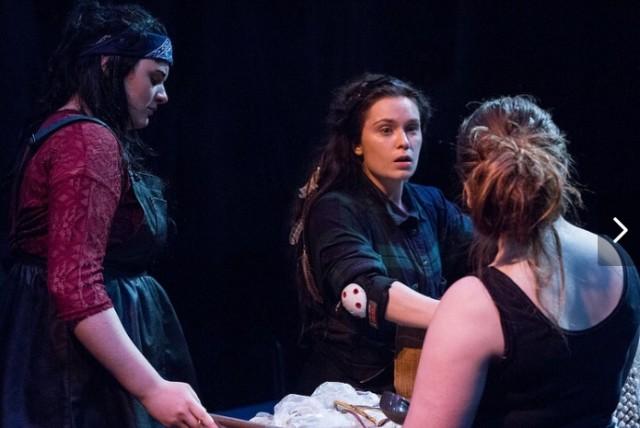 ciara_platform_theatre_13.PNG